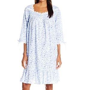 Eileen West Short Cotton Lawn Button Front Robe